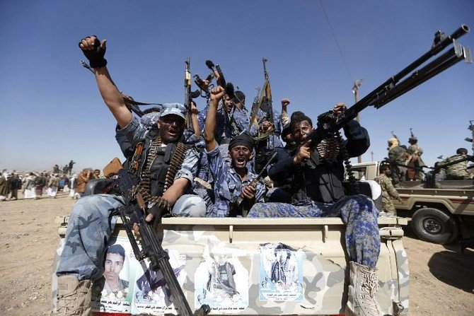 Yemen's minister of human rights Dr. Mohammed Askar revealed that Houthi militias backed by Iran are using children to plant mines in areas that they are being expelled from. (AFP)