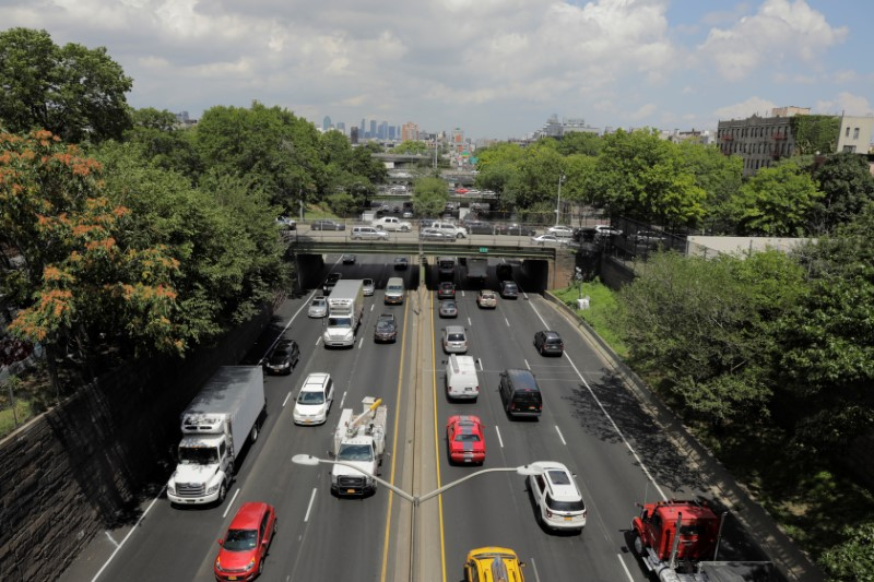 Traffic backs up on the Brooklyn Queens Expressway in New York, U.S., August 2, 2018. REUTERS/Lucas Jackson