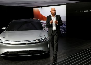 FILE PHOTO: Derek Jenkins, VP of Design at Lucid Motors, introduces the alpha prototype of the Lucid Air at the 2017 New York International Auto Show in New York City, U.S. April 13, 2017. REUTERS/Andrew Kelly/File Photo