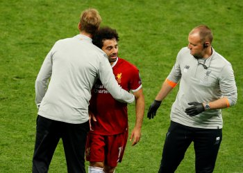FILE PHOTO - Champions League Final - Real Madrid v Liverpool - NSC Olympic Stadium, Kiev, Ukraine - May 26, 2018 Liverpool's Mohamed Salah reacts with manager Juergen Klopp as he is substituted after sustaining an injury REUTERS/Phil Noble