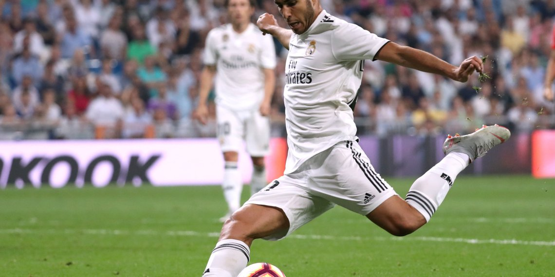 Soccer Football - La Liga Santander - Real Madrid v Espanyol - Santiago Bernabeu, Madrid, Spain - September 22, 2018  Real Madrid's Marco Asensio scores their first goal            REUTERS/Susana Vera
