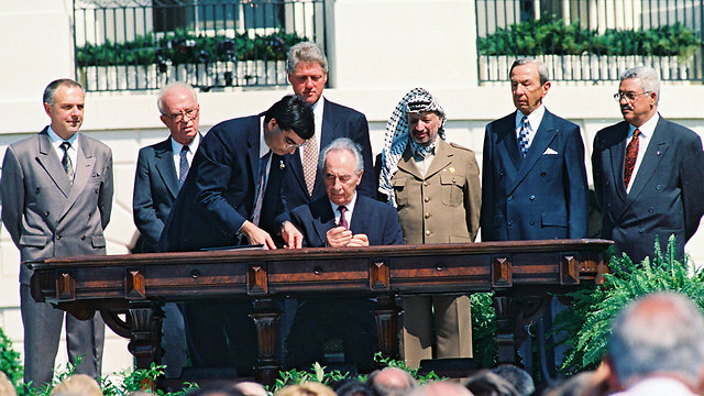 Oslo-Accords-with-Palestinian-leader-Yasser-Arafat-US-President-Bill-Clinton-and-Israeli-Prime-Minister-Yitzhak-Rabin