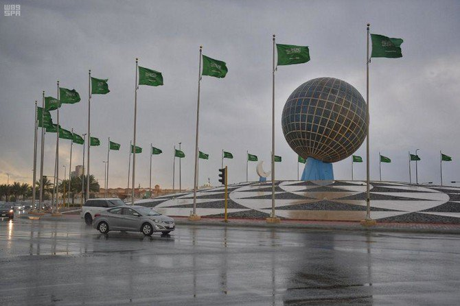 JEDDAH: Adverse weather conditions are due to affect various Saudi Arabian regions on Saturday. Thunderstorms and strong winds are expected to affect the Eastern Province, Qassim, Riyadh, Hail, the Northern Borders region, Madinah, Tabuk, and Al-Jawf. Forecasters also said that there is a possibility of thunderstorms in Najran, Jazan, Asir, and Makkah. Thunderstorms and heavy rainfall that may lead to flooding are forecasted in the Al-Baha region on Saturday between 11a.m. and 7p.m. Earlier on Thursday and Friday, heavy rainfall, accompanied by thunder and lightning, lashed Riyadh and Jeddah. The Civil Defense urged residents to abide by safety instructions and guidelines, such as taking extra care when driving on slippery roads and avoiding low-lying flooded areas.