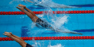 FILE PHOTO: Female swimmers compete at the World Aquatics Championships in Budapest, Hungary – July 23, 2017. REUTERS/Bernadett Szabo/File Photo