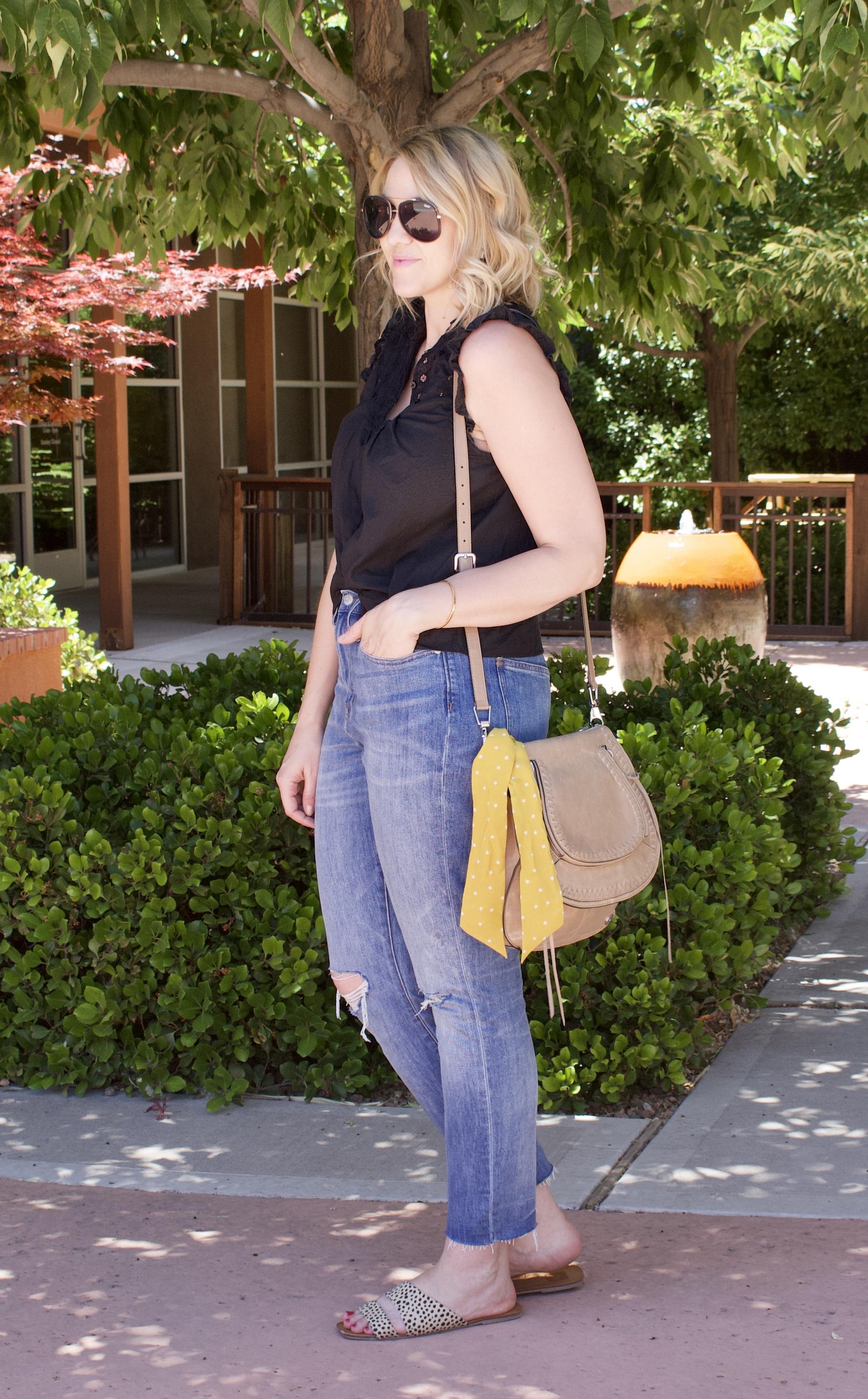 high waisted boyfriend jeans #madewell #boyfriendjeans #fashionblogger