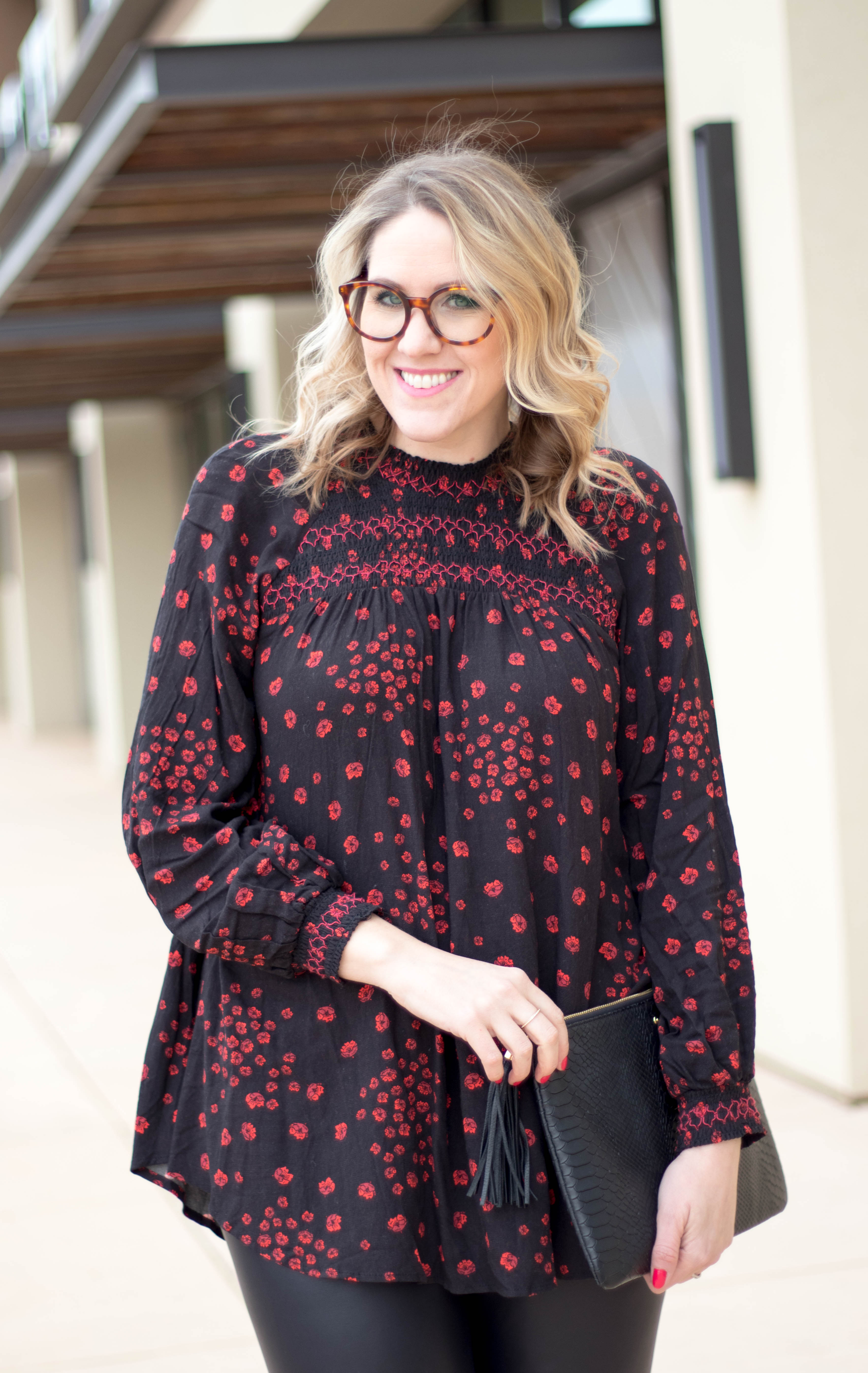 free people tunic outfit #freepeople #winterfashion #roundglasses