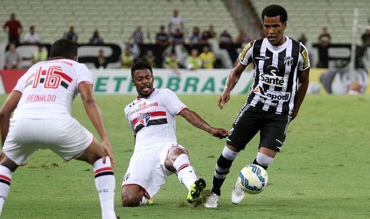 João Marcos teve boa atuação contra o São Paulo e foi o responsável pela jogada de maior perigo do Vovô