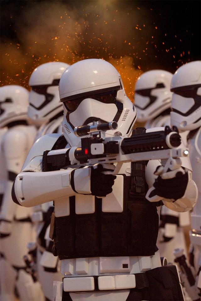 Star-Wars-O-Despertar-da-For%C3%A7a-4 SÓ O TELECINE TEM STAR WARS: EPISÓDIO VII - O DESPERTAR DA FORÇA