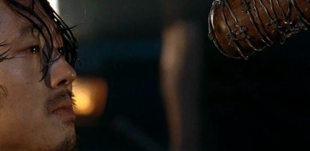 """glen """"The Walking Dead"""" volta com sofrimento, dor e desespero para os fãs"""
