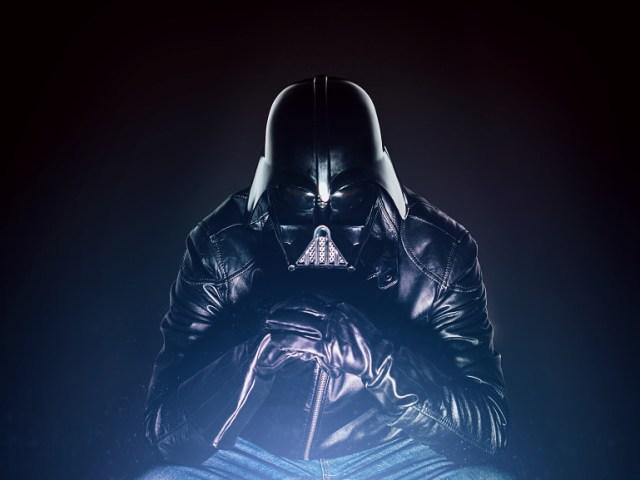 a7980bc2ef52997ebeceb9cd7251473b Fotografo retrata o dia a dia banal de Darth Vader