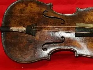 violino titanic - Autenticado violino do Titanic após 101 anos do naufrágio