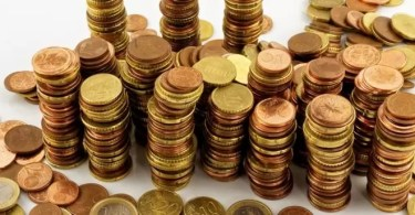 moedas preço 2 - Artista Francês tira foto de brinquedos StarWars e finaliza no PhotoShop e o resultado impressiona