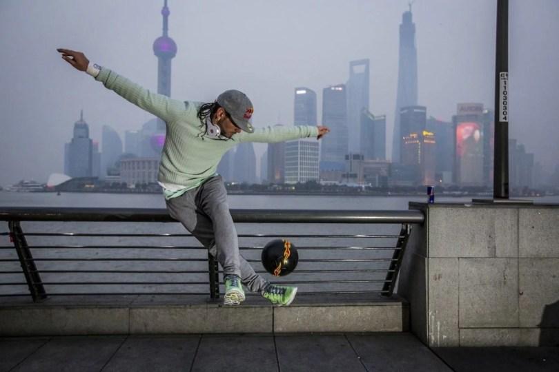 freestyle soccer player sean garnier in shanghai