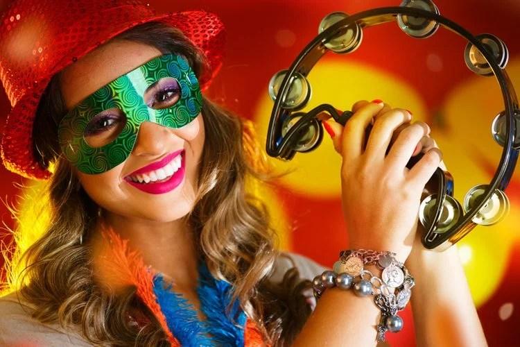 carnaval - Paródia de Marchinhas de Carnaval viram memes no Youtube