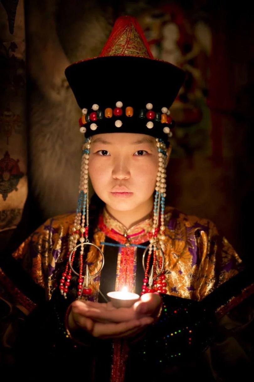 35 Portraits Of Amazing Indigenous People of Siberia From My The World In Faces Project 5947680fb592b 880 1 - Fotógrafo faz cliques de pessoas comuns na Sibéria e o resultado é maravilhoso