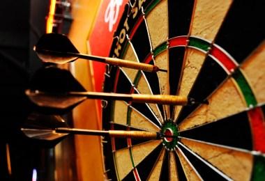 Michael van Gerwen dart big - Você já viu alguma vez uma competição de dardos?