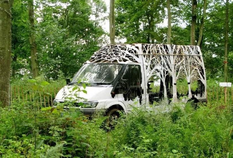 forests cut transit nature delivers dan rawlings 19 - Artista faz recortes em objetos inimagináveis