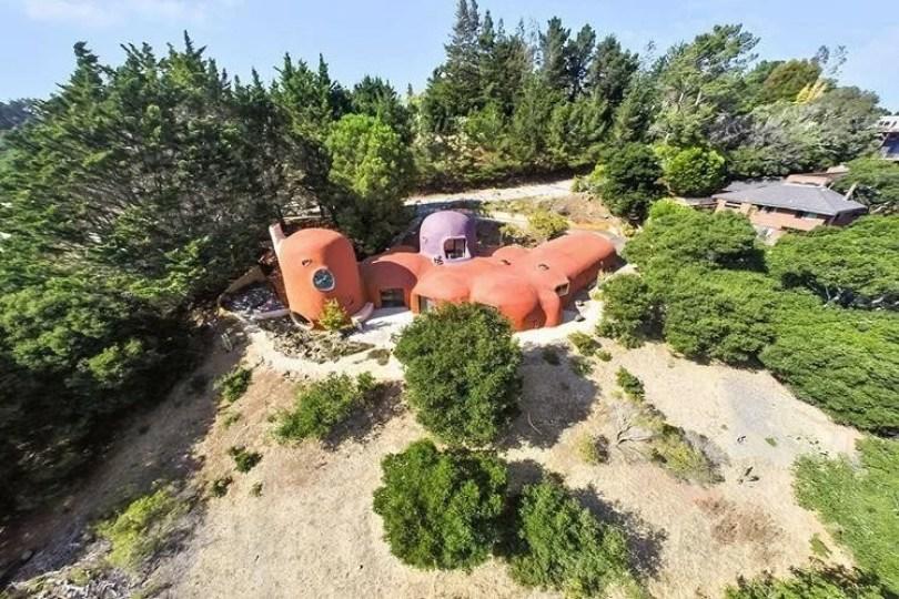 casa dos flinstones 12 - Casa dos Flinstones é vendida na Califórnia