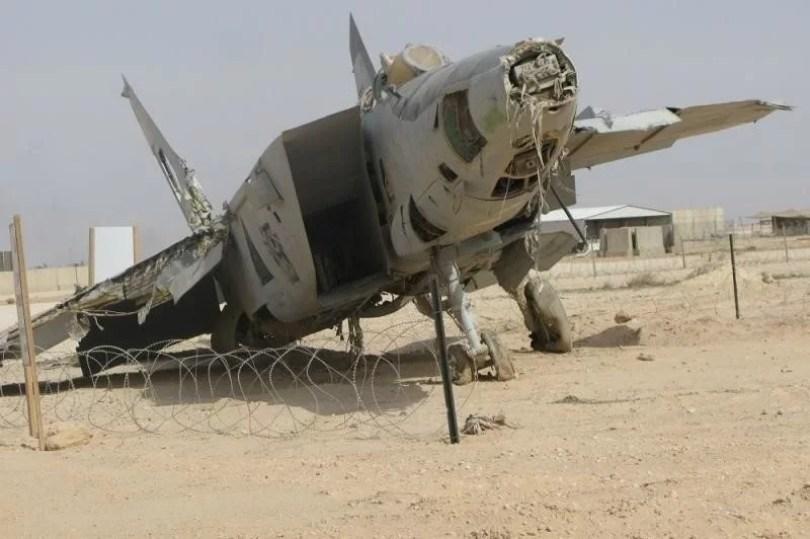 helicoptero abandonado 20 - Imagens de helicópteros e aviões abandonados