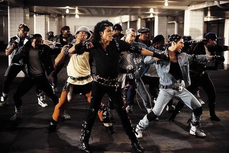 """Fotos, Curiosidades, Comunicação, Jornalismo, Marketing, Propaganda, Mídia Interessante michal-jackson-dancando-bad """"Bad"""" de Michael Jackson foi gravado há 30 anos Música Vídeos  bad"""