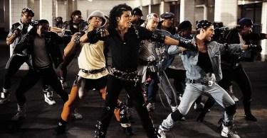 "michal jackson dancando bad - Há 20 anos o hit ""I believe I can fly""estava no Hot 100 da Billboard"
