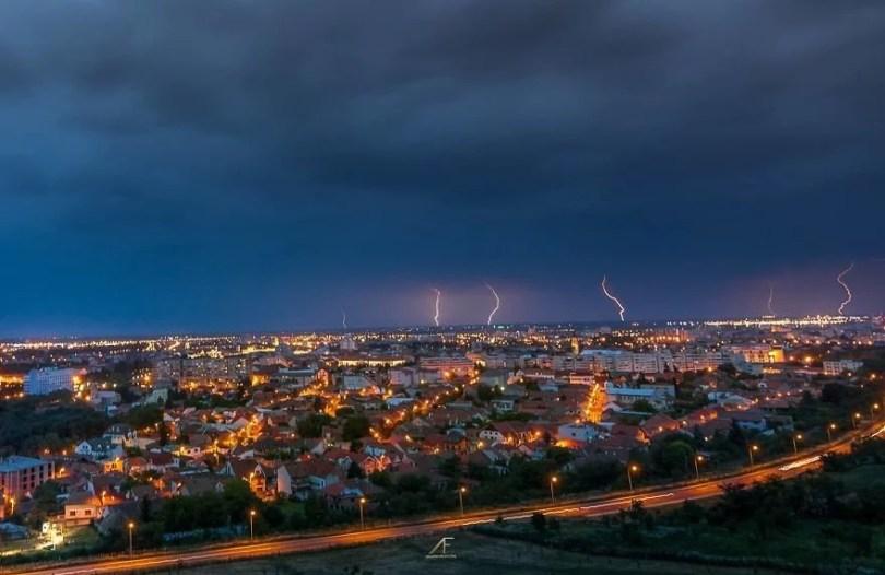 foto romenia11 - Fotógrafo romeno sai durante tempestades para tirar fotos de raios