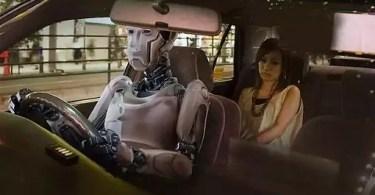 Robo Taxi Driverless Car - Aluna exemplar - A menina que nunca faltou na escola!