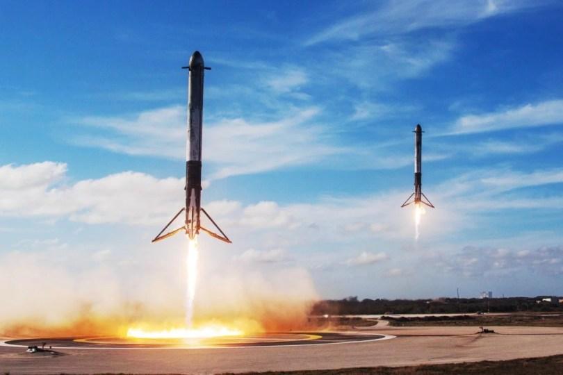 spacexrocketreturn - Turismo espacial - Você trocaria seu voo de avião para decolar em um foguete?