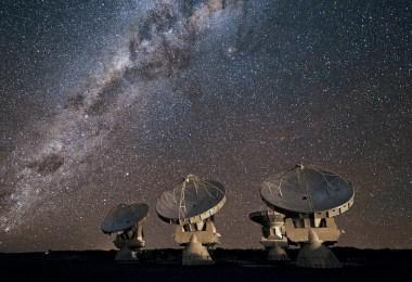 Breakthrough Listen project search for alien life - Projeto visa escutar civilizações extraterrestres em 1 milhão de estrelas