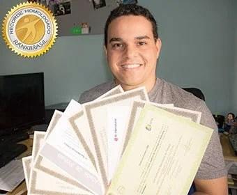 maior diploma do brasil - Pessoa com mais diplomas Universitários do Brasil