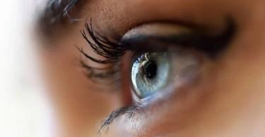 controlar olho futuro - Sim, agora você pode mudar o canal de TV com os olhos!