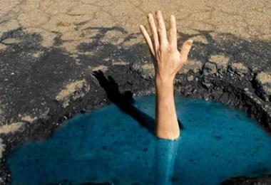 funny photography my potholes davide luciano claudia ficca thumb640 - Modinha do buraco no meio da rua - Se essa moda pega no Brasil