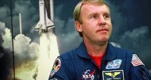 Andy Thomas2 1 - Dead Line 2024: Astronauta diz que prazo de Trump para Lua é muito perigoso