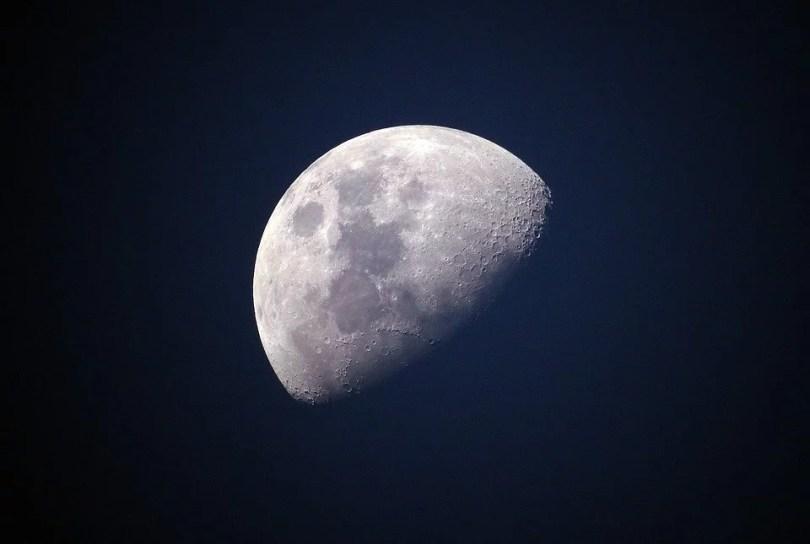 lua close perto aproximação - Sonda chinesa se depara com um gel estranho no lado oculto da Lua