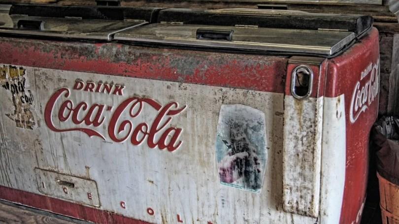 coca cola 1886 8 - Youtuber faz receita da Coca-Cola original de 1886
