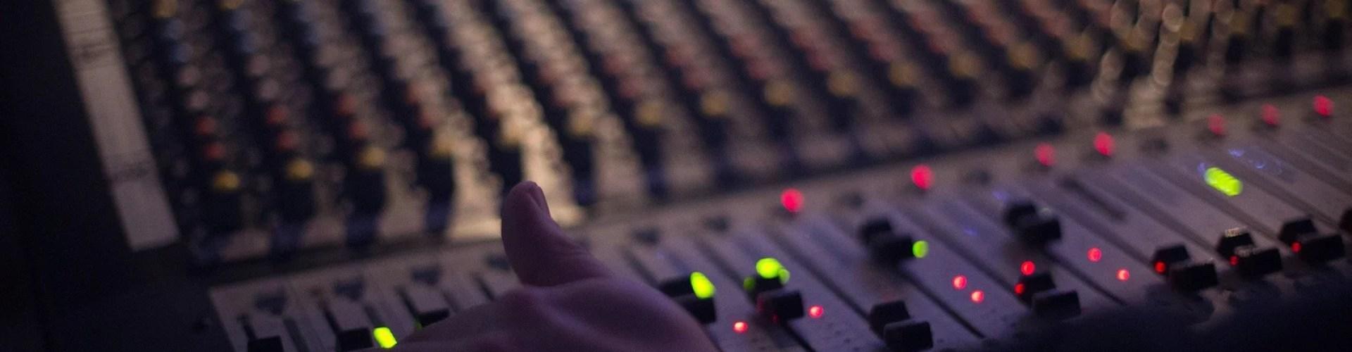 audio 1839162 1920 - Música Nacional é mais ouvida do que a Internacional nas rádios do Brasil?