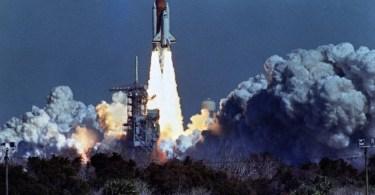 onibus espacial chalenger - Assista ao Documentário: O Universo - Mistérios revelados