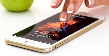 smartphone 1894723 1920 - Como funciona a internet? Ela vai aguentar a alta demanda?