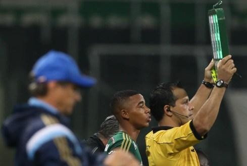 Após insistentes pedidos da arquibancada, o Gabriel Jesus enfim estreou no time profissional do Palmeiras. (Cesar Greco/Ag Palmeiras/Divulgação)