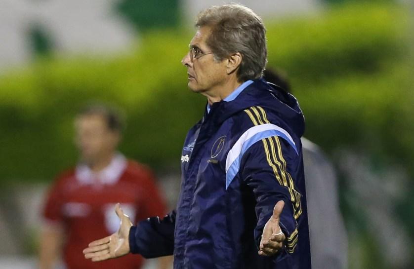 Oswaldo de Oliveira está ansioso para o clássico contra o São Paulo. (Cesar Greco/Ag. Palmeiras/Divulgação)
