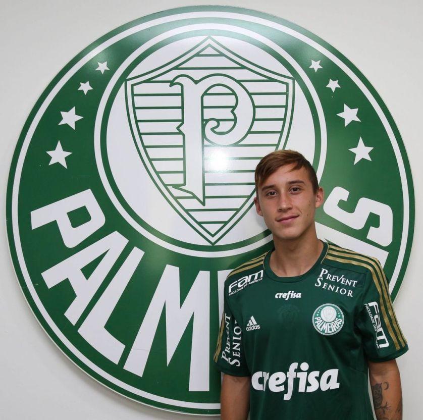 Habilidoso e com passagem pelas seleções de base e principal do Chile, Arancibia tem contrato com o Verdão até junho de 2016. (Cesar Greco/Ag. Palmeiras/Divulgação)