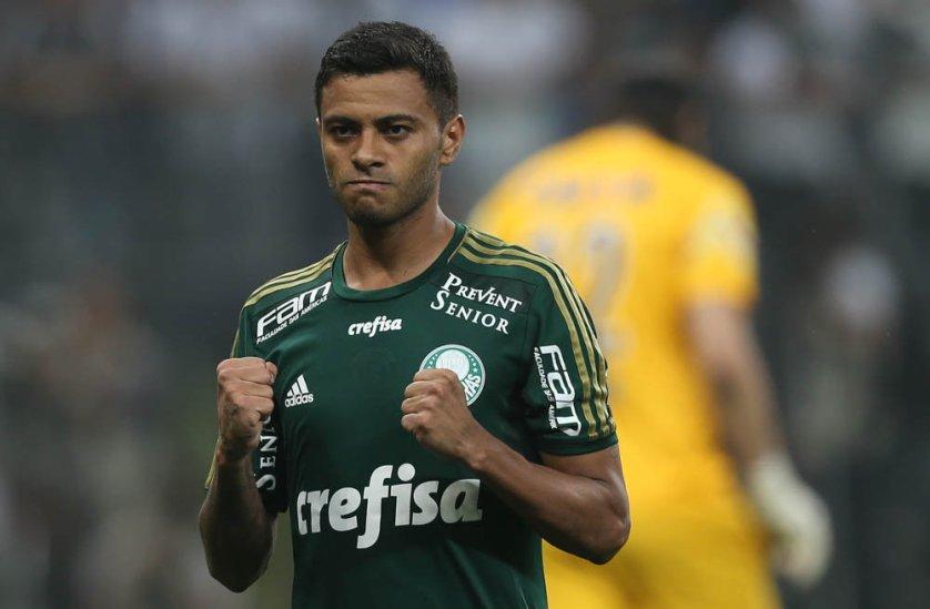 Mesmo com pouco mais de 45 minutos pelo Palmeiras, Cleiton Xavier já mostrou sua conhecida qualidade para a torcida palmeirense. (Cesar Greco/Ag. Palmeiras/Divulgação)