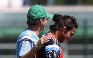 Após conversa com Valdivia, Oswaldo resolveu relacioná-lo para a partida (Cesar Greco/Ag. Palmeiras/Divulgação)