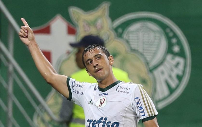 Robinho, junto com Dudu, deu show no primeiro tempo. (Cesar Greco/Ag. Palmeiras/Divulgação)