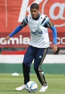 Leandro participou do treino coletivo de terça-feira (05). (Cesar Greco/Ag. Palmeiras/Divulgação)