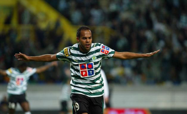 Atacante Alecsandro é o 22º reforço do Palmeiras na temporada. (Divulgação)