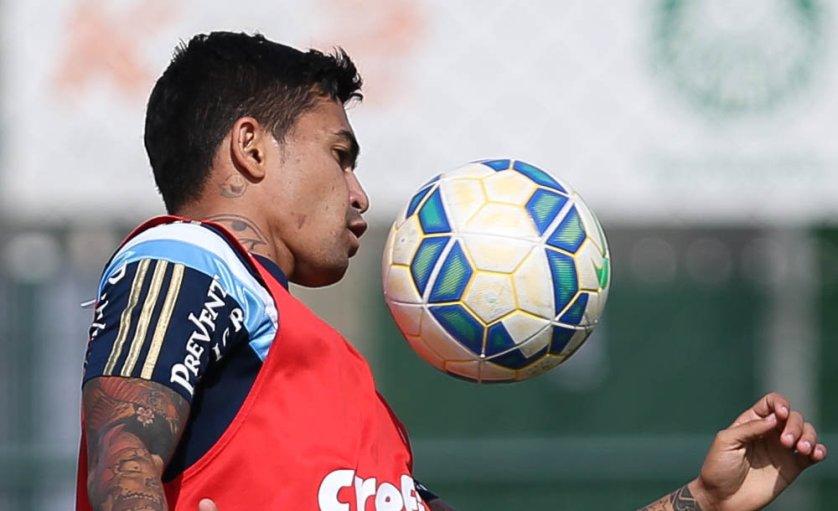 Palmeiras tentará novo efeito suspensivo para que Dudu siga jogando até o novo julgamento. (Cesar Greco/Ag. Palmeiras/Divulgação)
