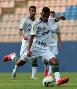 Fabio Menotti/Ag. Palmeiras/Divulgação  O Sub-20 do Palmeiras venceu o primeiro jogo pelo placar de 4 a 2. (Fabio Menotti/Ag.Palmeiras/Divulgação)
