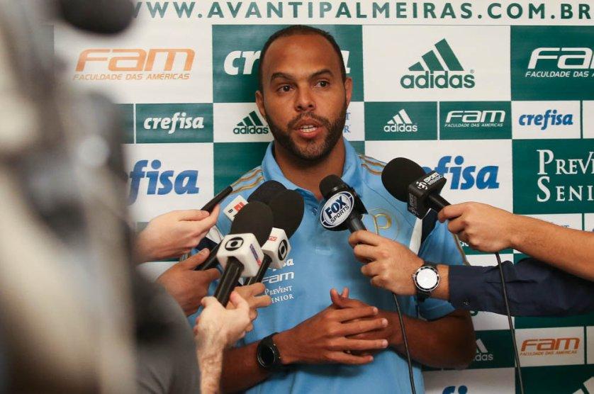 Alecsandro retornou ao time do Palmeiras contra o Cruzeiro. (Cesar Greco/Ag.Palmeiras/Divulgação)