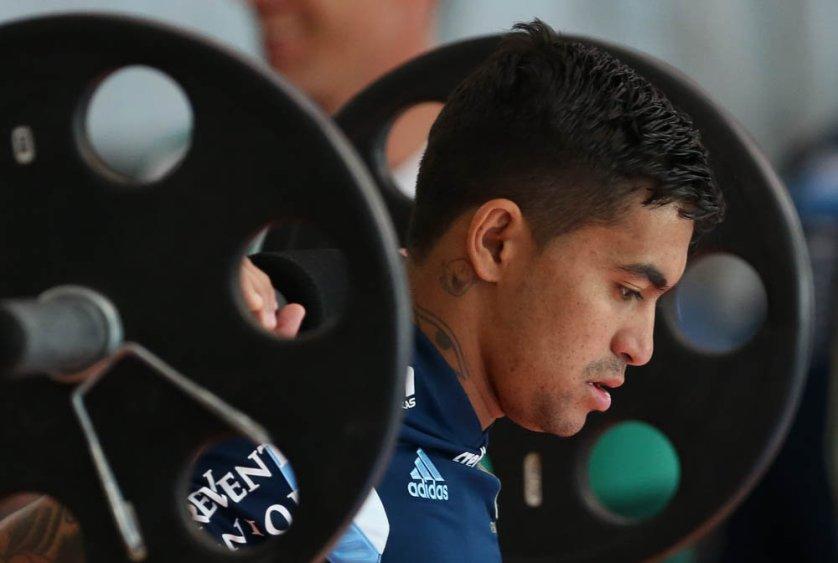 Os jogadores realizaram exercícios para a prevenção de lesões no treino desta sexta (21). (Cesar Greco/Ag. Palmeiras/Divulgação)